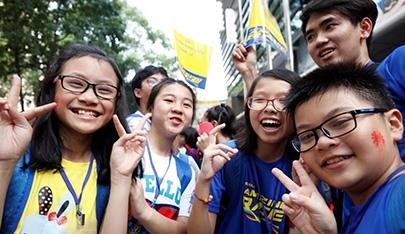 Teen Việt thể hiện bản lĩnh tại English Amazing Race
