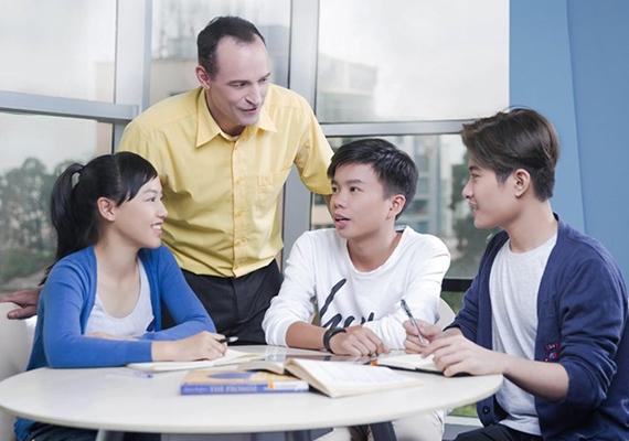Kevin Siegmann - Thầy giáo người Mỹ và tâm huyết với học trò Việt